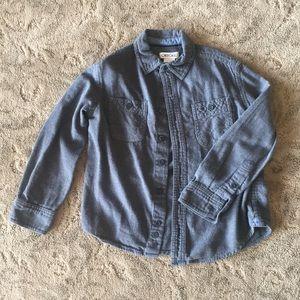 Long sleeve flannel button down shirt